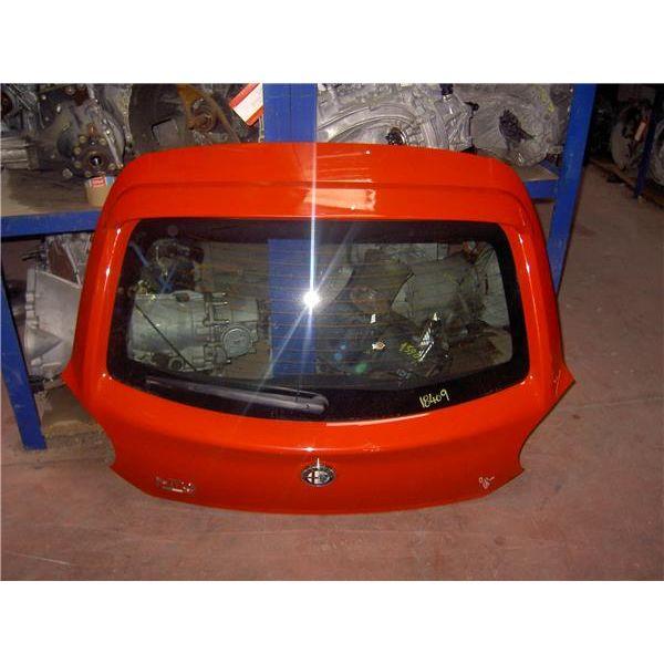 Portón trasero de Alfa Romeo MITO '06