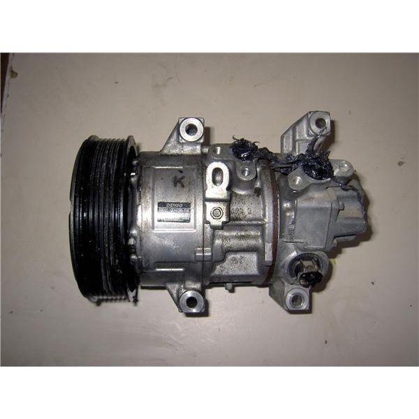 Compresor del aire acondicionado de Toyota Avensis '03