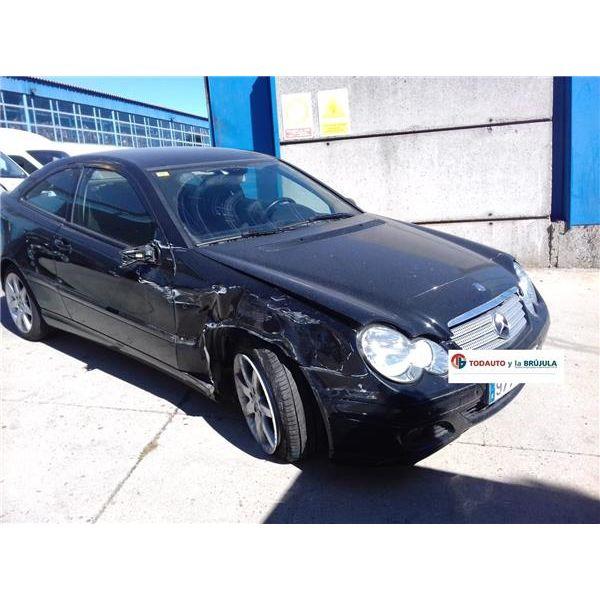 Mangueta delantera derecha de Mercedes Otros '00