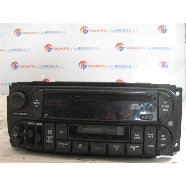 Radio / cd de Chrysler Voyager '01