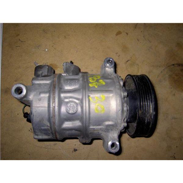 Compresor del aire acondicionado de Volkswagen Otros '09