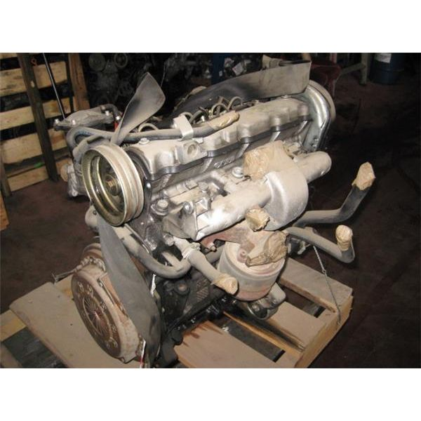 Motor completo de Peugeot 205 '83