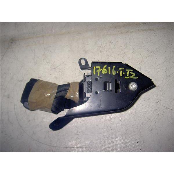 Cinturón seguridad trasero izquierdo de Mercedes Otros '02