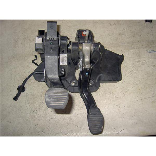 Pedal del freno de Opel Corsa '06