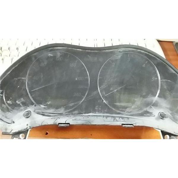 Cuadro completo de Toyota Avensis '03