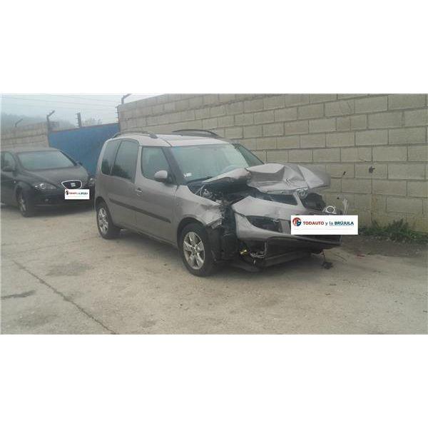 Cinturón seguridad delantero derecho de Skoda Roomster '06