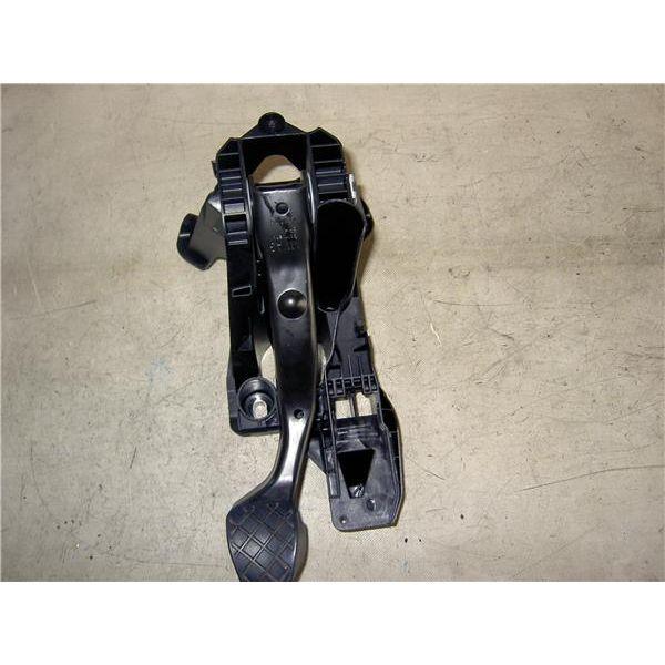 Pedal del freno de Seat León '12